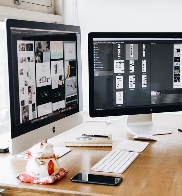 Diseño web corporativa sobre pantallas